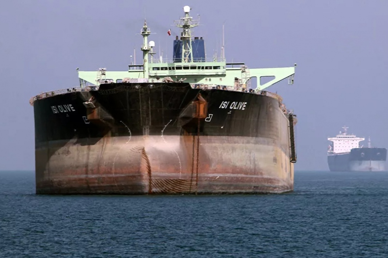 Iranian oil tankers seen off the port of Bandar Abbas. (AFP)